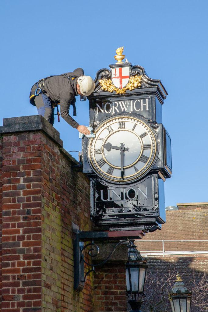 experts in clock restorations