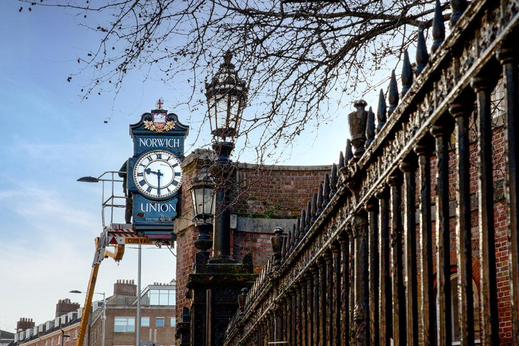 clock refurbishing